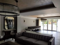 Private House in Chigwell .