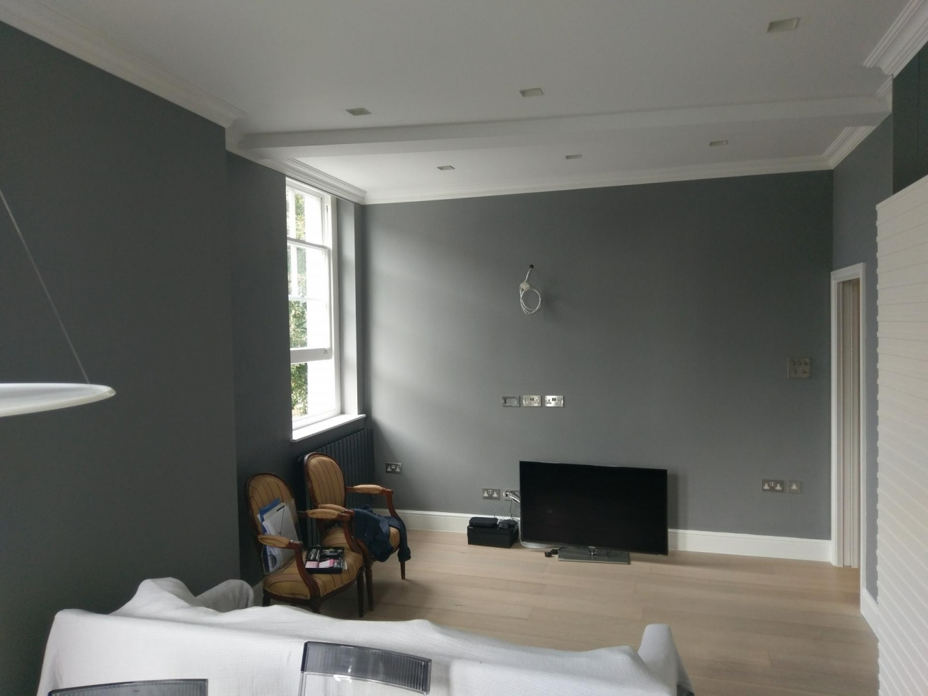 chelsea flat painting /wallpapering